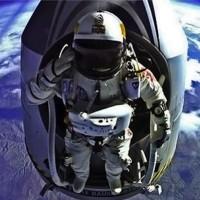 Felix Baumgartner space jump redbull