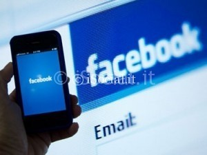 facebook_mobile_desktop