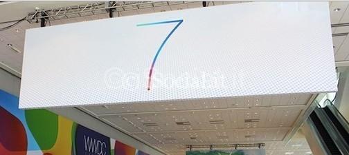 ios7_moscone a apple iphone