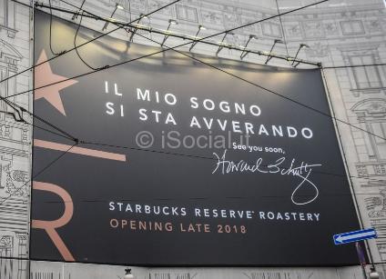 Dettaglio del manifesto Starbucks a Milano